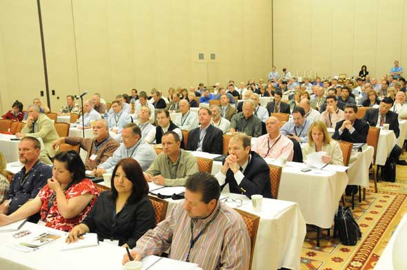 Photo of Seminar attendees at MHI Congress and Expo 2010, courtesy MHI, by Lisa Stewart Photography