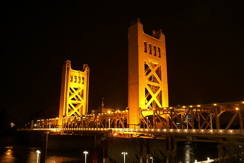 sacramento tower bridge photo courtesty of C y r i l l i c u s