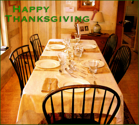 happy-thanksgiving-flickr-creative-commons-Muffet-4132916633_451032634e