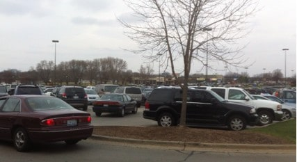 Packed_Parking_lot_CherryVale_Mall_Black_Friday