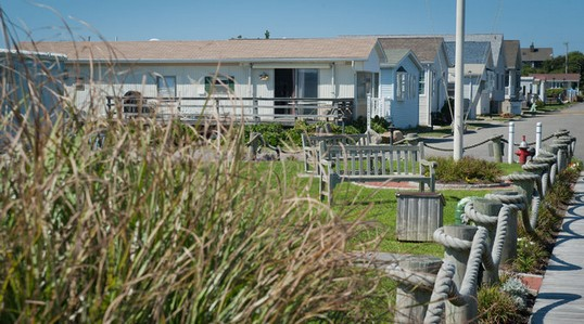 montauk-shores-manufactured-home-community-credit-new-yorktimes-bryan-smith-posted-daily-business-news-mhpronews-com-