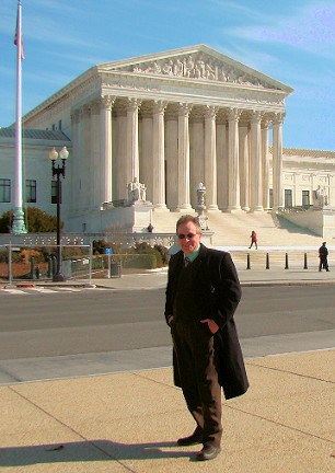 latonykovach-us-supreme-court-building-washington-dc-masthead-mhpronews-com-_light-