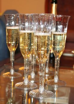 champaign-toast-by-w-flickrcreativecommons-posted-masthead-blog-mhpronews-com-247x-