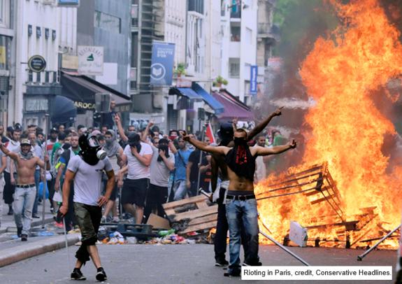RiotingInParisCreditConservativeHeadlines-postedMastheadBlogMHProNews