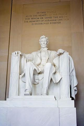 lincoln-memorial-credit-wikicommons-posted-masthead-blog-mhpronews-com-.jpg
