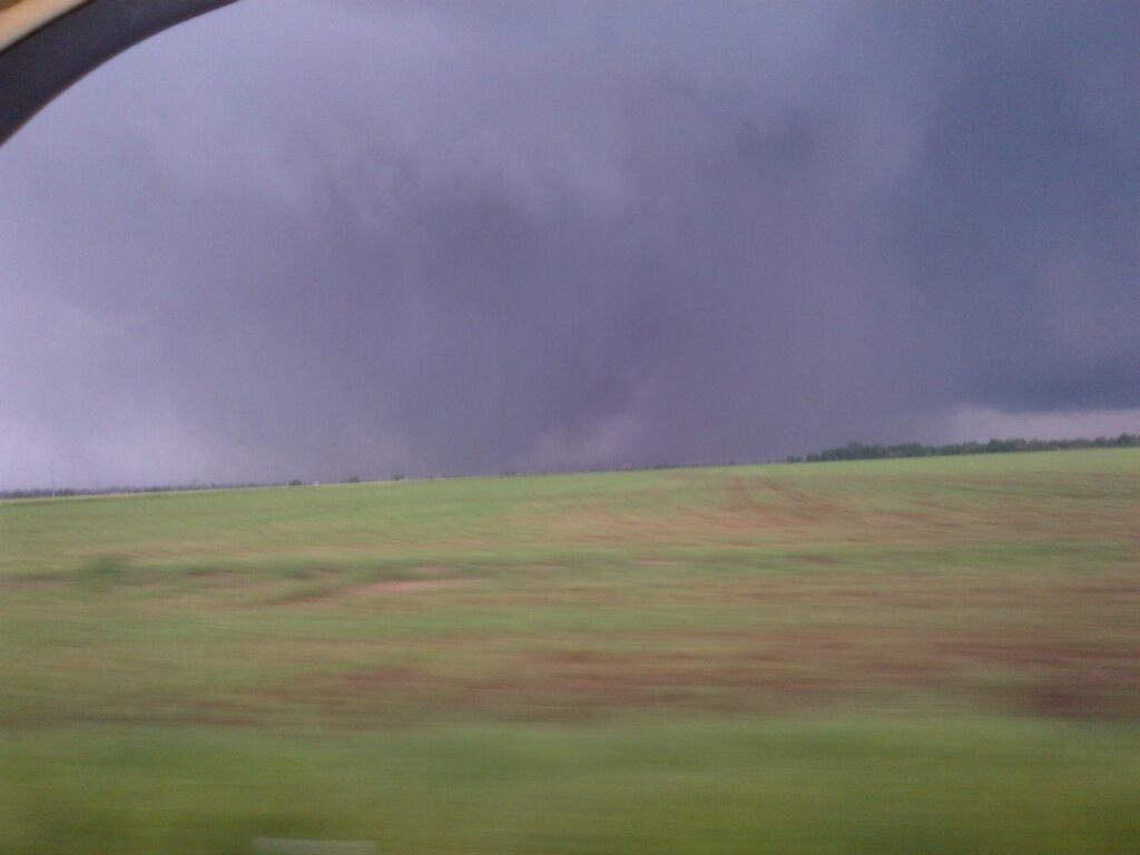 tornado-OK-5-20-2013-posted-mhpronews-com-4.jpg