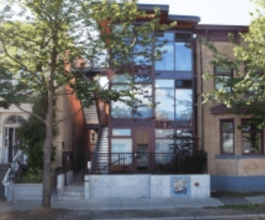 Canada__atira_women_resource_center_if_the_building_name__guidetavelbiz_credit_modular_units_in_vancouver